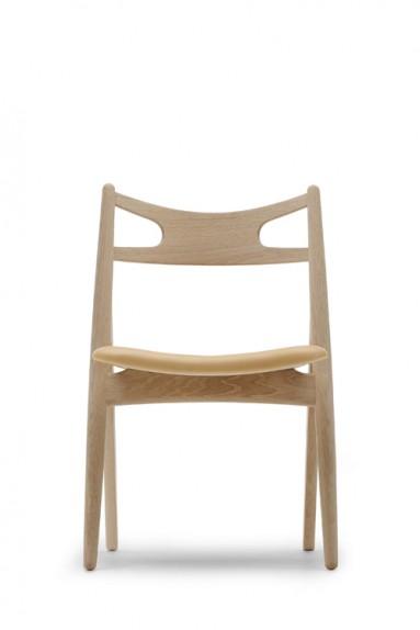 Carl Hansen - CH29 Sawbuck Chair